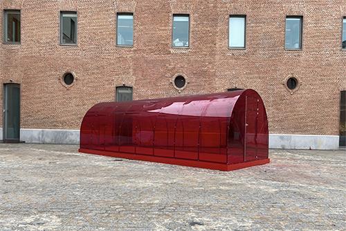 2021-invernadero-rojo-patrick-hamilton-thumbnail